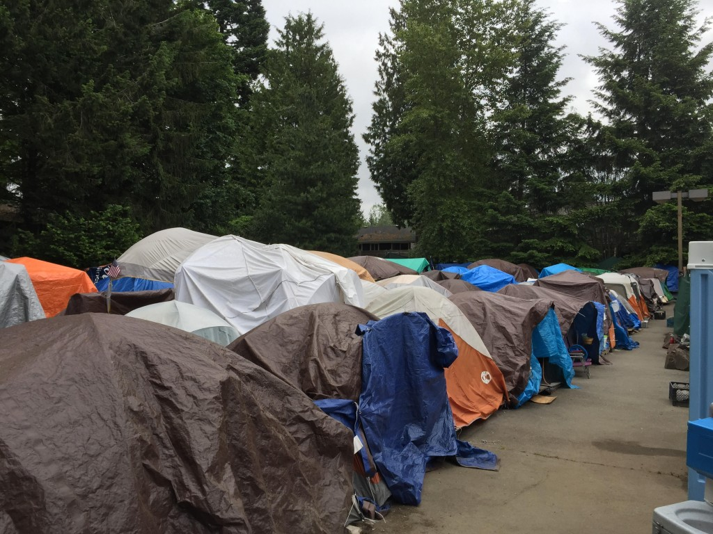 Seattleu0027s Tent City 3 & Seattleu0027s Tent City 3: Using Tent Cities to Fill a Gap in Services ...