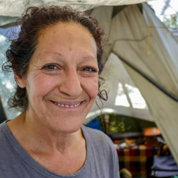 Los Angeles Homeless Woman Shows Us How She Lives in a Tent