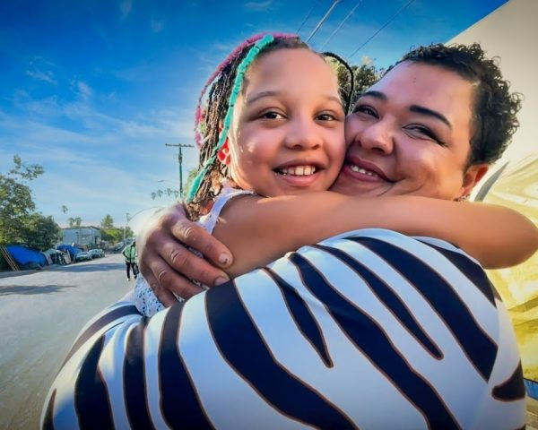 Venice Beach Homeless Mom Reunited with Daughter in Project Roomkey