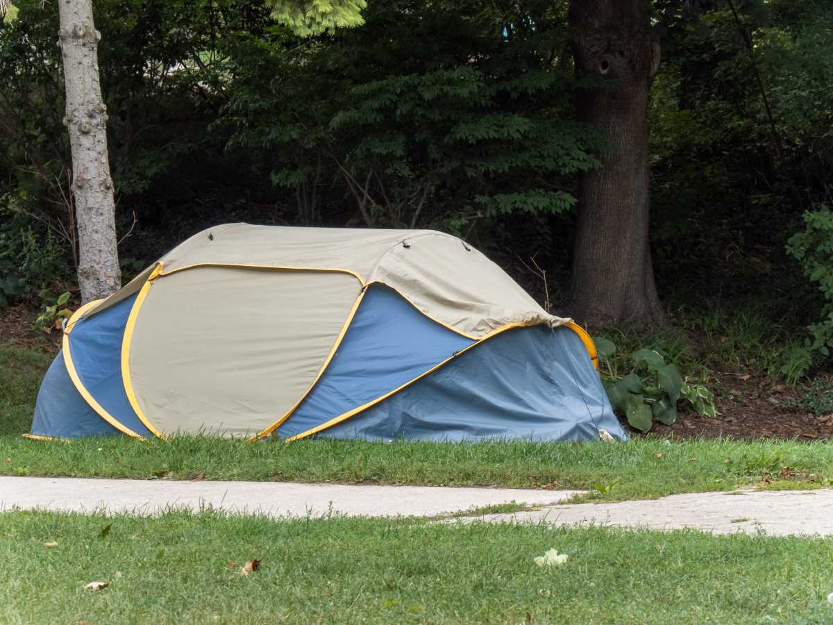 ban on homeless tents
