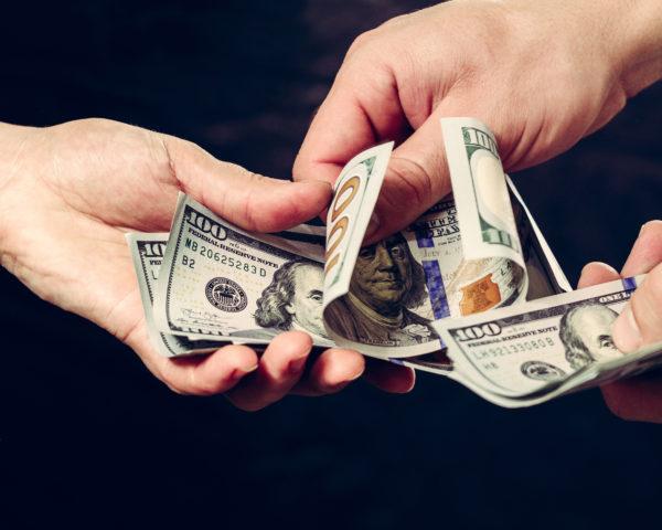 basic income program gives homeless people money